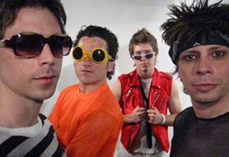 M-80s | 80's, new wave cover band, euro synth pop
